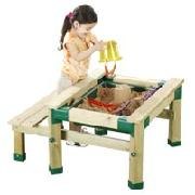 Woodland Wooden Picnic and Sand Table